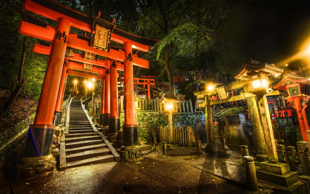 torii-gate-shrine-japan-2560x1600